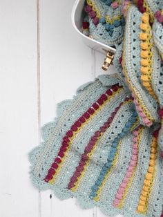 Crochet Afghan Patterns I am very excited to share the pattern for the Memory Lane Blanket with you. The pattern consists of a simple six-row repeat. All Free Crochet, Crochet Yarn, Easy Crochet, Crochet Stitches, Crochet Blankets, Baby Blankets, Crochet Ideas, Beginner Crochet, Crochet Gifts