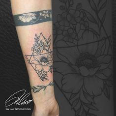 Ink Man Tattoo Studio #inkmantattoo #tetoválás #tattoo #tattoos #blacktattoo #colourtattoo #budapesttattoo #art #artist #armtattoo Man, Tattoo Artists, Tattoos, Tatuajes, Tattoo, Tattos, Tattoo Designs
