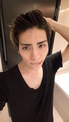 Jonghyun - I just died a little inside ×.×<<< The worst part about this is that he knows how good looking he is...and he uses it against us! x.x