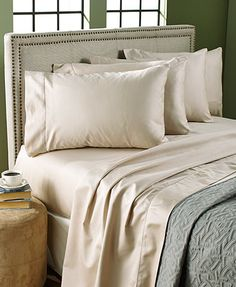 enjoy the luxurious texture and incredible comfort of this thread count bonus pack sheet set - Microfleece Sheets