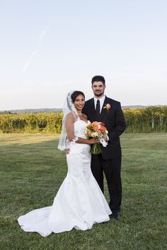September wedding- Potraits in front of the vineyard