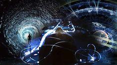 Algunos físicos están convencidos de que el viaje en el tiempo es posible.  Un grupo de científi...