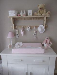 wandrek/ regaal jay (leuk voor op de baby/ kinder kamer. | wandrek, Deco ideeën