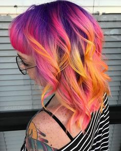 Lisa Frank, is that youuuu? blowing us away with her AF skills! Bright Hair, Pastel Hair, Colorful Hair, Diy Hairstyles, Pretty Hairstyles, Flame Hair, Color Fantasia, Sunset Hair, Arctic Fox Hair Color