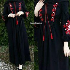 Muslim Women Fashion, Arab Fashion, Islamic Fashion, Modest Fashion, Fashion Dresses, Dress Brokat Muslim, Muslim Dress, Hijab Style Dress, Hijab Chic