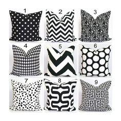 BLACK PILLOW.16x16 inch Decorative Pillow por ElemenOPillows