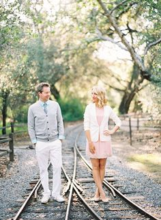 pastel colors | engagement & maternity style | jen huang photo