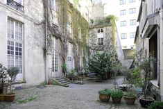 Vacation Rentals, Homes, Experiences & Places - Airbnb Paris Apartment Rentals, Paris Apartments, Rental Apartments, Central, Perfect Place, Condo, Loft, Vacation, Stylish