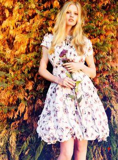 lara stone - British Vogue - September 2012