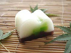 緑陰 Ryokuin - Leafy shade wagashi