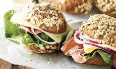 Nyd de lækre glutenfri boller til morgenmad og til sandwich i madpakken.