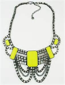 Jewelry Trends for 2013 from Pakistan: Neon Jewelry