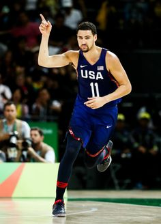 Klay Thompson reacts after a shot against Serbia during the...