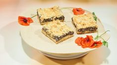 "Serpils ""Mohn-Bombe"" - Das große Backen - Sat.1 Panna Cotta, Cheesecake, Sat 1, Baking, Ethnic Recipes, Sweet, Desserts, Poppy, Muffins"