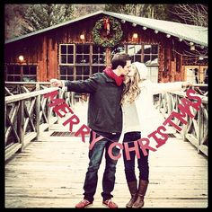 20 holiday date ideas merry christmas sign, merry little christmas, christm Merry Little Christmas, Noel Christmas, Winter Christmas, Christmas Cards, Christmas Decorations, Christmas Couple, Christmas Ideas, Christmas Vacation, Merry Xmas
