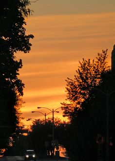 Sunset on Wisconsin Avenue at Marquette University. Photo taken Sept. 20, 2012.