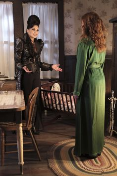 "Regina and Zelena - 6 * 2 ""A Bitter Draught"""