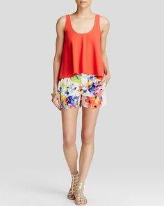 Trina Turk Top & Shorts #summeroutfit #teelieturner http://www.teelieturner.com/