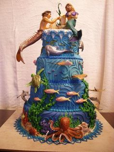 Under the sea cake ~ http://universal-wellness.blogspot.com/2015/02/baring-my-soul-and-planting-dream.html