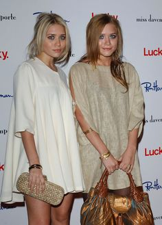 Fashion Icons: Mary Kate & Ashley Olsen « Jules' Way Mary Kate Ashley, Mary Kate Olsen, Ashley Olsen, Celebrity Pictures, Celebrity Style, Olsen Twins Style, Olsen Sister, Love Fashion, Womens Fashion