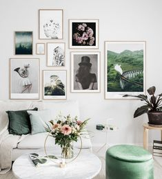 Stylish gallery wall with oak frames and inspiring posters - Wall art with beautiful posters and art prints - Find inspiration for your personal wall art with posters & art prints from Posterstore.se Spice up your living room or bedroom. Minimalism Interior, Beautiful Interior Design, Interior, Interior Inspiration, Gallery Wall, Home Decor, House Interior, Room Decor, Inspiration Wall