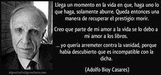 """El 15 de septiembre de 1914 #TalDíaComoHoy nació el escritor argentino Adolfo Bioy Casares, que revolucionó el género fantástico con obras como """"La invención de Morel"""" y """"Un modelo para la muerte"""". Es considerado uno de los escritores más importantes de su país y de la literatura en español, habiendo recibido el Premio Internacional Alfonso Reyes y el Premio Miguel de Cervantes, ambos en 1990."""
