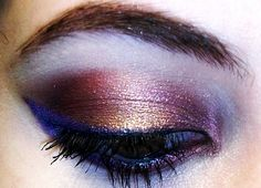 Copper and rose metallic with a blue cat eye!