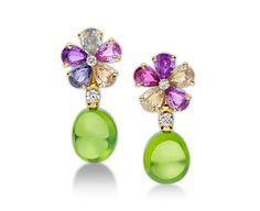 Sapphire Flower 18 kt yellow gold earrings with fancy sapphires, peridots, diamonds and pavé diamonds