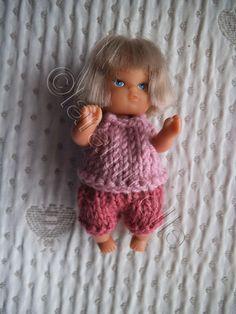 tuto gratuit mini poupée bébé: brassière, short et couche