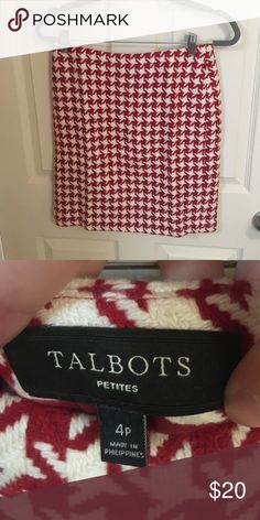🎉sale🎉 Talbots Christmassy skirt! Another one of these (can you tell I love them?) worn this maybe once during Christmas season and got raved with compliments! Talbots Skirts