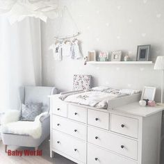 Kinderzimmer Ikea Hemnes Wickeltisch You are in the right place about baby room decor bear Here we offer you the most beautiful pictures about the … Baby Bedroom, Baby Boy Rooms, Baby Room Decor, Baby Boy Nurseries, Kids Bedroom, Ikea Baby Nursery, Ikea Baby Room, Nursery Rugs, Room Kids