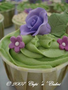 Bridal Shower cupcake idea!!  So pretty!