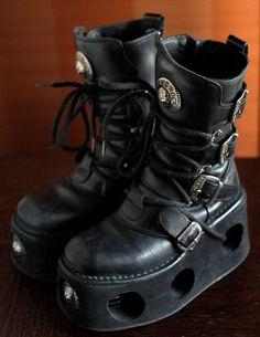 New Rock platform boots NEPTUNO buckles by VintagePlatformDeal