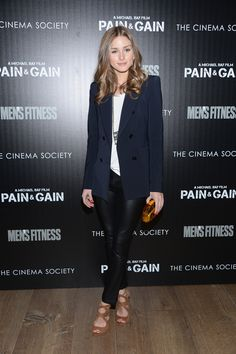 Dressed in nearly head-to-toe Zara, Olivia hit the red carpet for a film screening in NYC, and again, prove...