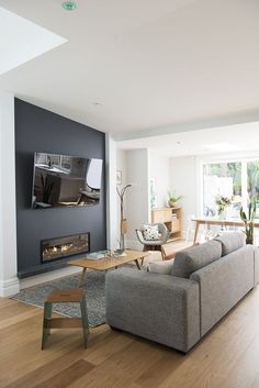 Best Fireplace TV Wall Ideas – The Good Advice For Mounting TV above Fireplace – Wohnzimmer – fireplace Fireplace Feature Wall, Feature Wall Living Room, Tv Above Fireplace, Living Room Tv, Cozy Living Rooms, Living Room Modern, Apartment Living, Home And Living, Tv Feature Wall