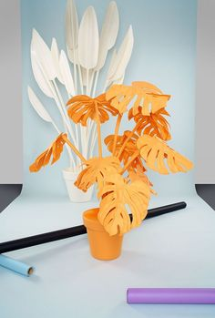 Felt plant collection in various colours Design styling objects 100 woolfelt colourfast fire retardant and soundproofing Handmade by Wandschappen Dollar Store Gifts, Dollar Stores, Paper Plants, Percale De Coton, Kartell, Idee Diy, Event Design, Design Set, Event Decor