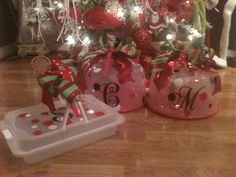 Personalized cake carriers from Dollar General make great inexpensive gifts. Great idea for my Cricut!