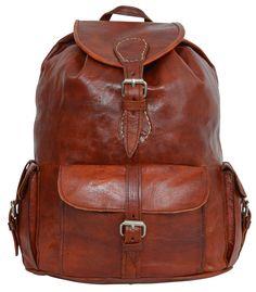 """Ein Rucksack für die Freizeit. Für den Sport. Für den Stadtbummel. Oder auch für die Arbeit oder Uni. """"Ellis"""" kann einfach alles, was Du von ihr verlangst. Der elegant-lässige Rucksack aus braunem, naturgegerbtem Ziegenleder erstrahlt in der aktuellen Vintage-Optik und überzeugt mit seinen praktischen Vorzügen - Lederrucksack - Gusti Leder -  M9"""