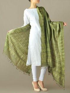 tussar silk dupatta - Google శోధన Silk Dupatta, Casual Suit, Model Look, Kurti, Salwar Kameez, Patiala, Indian Outfits, Indian Fashion, Kimono Top