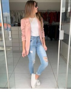 Pink blazer and jeans - ChicLadies.uk Best Picture For dope outfits For Your Taste You are looking f Blazer Outfits Casual, Cute Casual Outfits, Girly Outfits, Dope Outfits, Simple Outfits, Stylish Outfits, Fashion Outfits, Casual Work Clothes, Fashion Tips