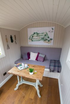 Perfect for Home Office.no planning permission required. Small Space Living, Living Spaces, Kids Den, Farnham Surrey, Shepherds Hut, Planning Permission, Bespoke, Home Office, Corner Desk