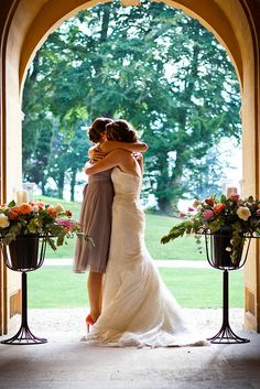 I've always dreamed of my little sister being my maid of honor. I would love a picture like this one with her on the big day. <3