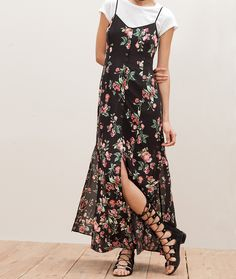 At Stradivarius you'll find 1 Long dress with butt 90s Fashion, Boho Fashion, Fashion Outfits, T Shirt Under Dress, Shirt Dress, Dress Outfits, Cute Outfits, Mode Simple, Look Boho