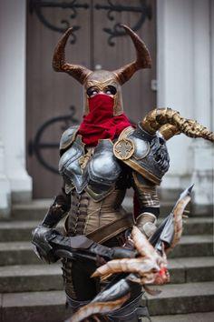 Demon Hunter armour and helmet construction