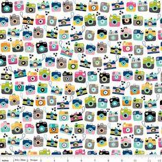 SchnappschüsseStoff von Riley Blake Stoffe  von fabricshoppe, $10.00