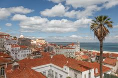 Romantic Lisbon – the Perfect City to Be In Love and to Fall in Love With. Stone Pavement, Royal Residence, Seaside Towns, City Break, Ideal Home, Beautiful Gardens, San Francisco Skyline, Paris Skyline, Travel Inspiration