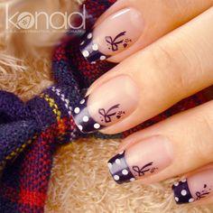 Estética Natural: Decoración de uñas.