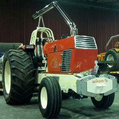 Zetor Farming, Irish, Monster Trucks, Crystal, Vintage, Autos, Tractors, Irish Language, Vintage Comics