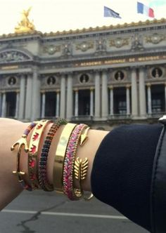 Check out how some of our friends in Paris, France, have styled the Visionary Bracelet in support of Autism Awareness and get inspired to create your own visionary arm party!