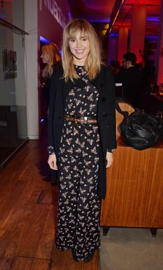 Like Suki Waterhouse, go for a relaxed jumpsuit with a cardigan jacket and brown leather accessories // A Cool Girl's Guide To Nighttime Dressing